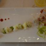 Spuma di piselli verdoni con tartare di scampo e carpaccio di baccalà dissalato