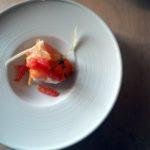 Insalatina di sedano bianco, carota e pomodoro con spremuta di nocciola e pompelmo