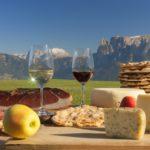 Suedtirol, Produktkombinationen, Blick vom Ritten auf die Dolomiten,